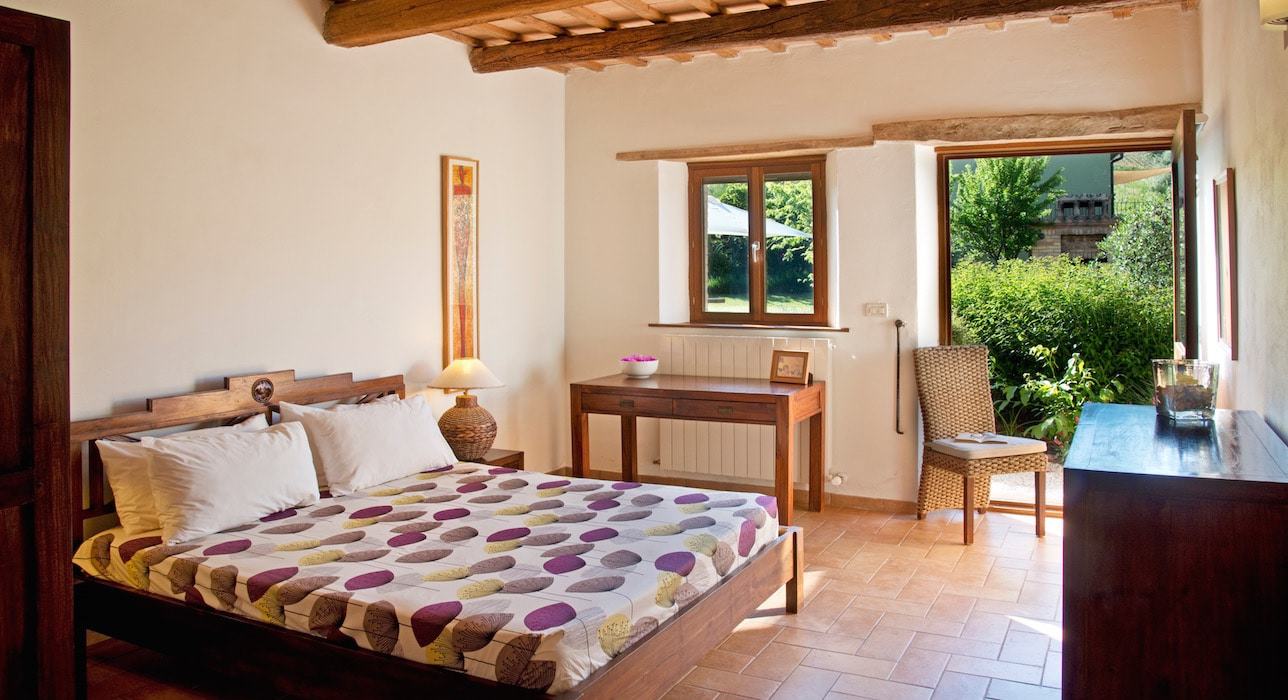 casal-dei-fichi-marche-bedroom-rossini