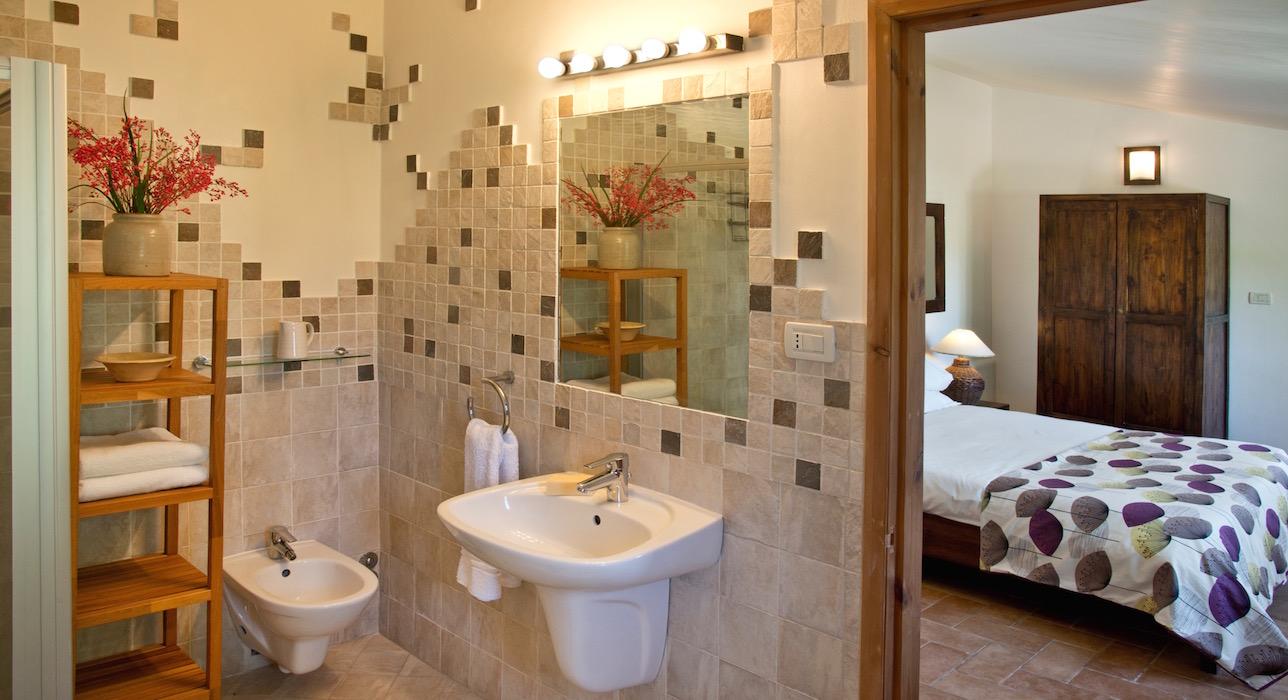 raffaello-marche-casal0dei-fichi-bathroom-big