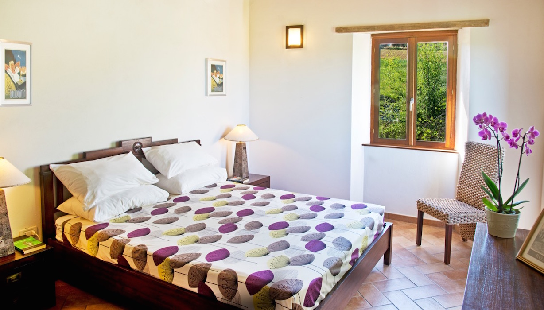 Leopardi-bedroom-marche-casal-dei-fichi